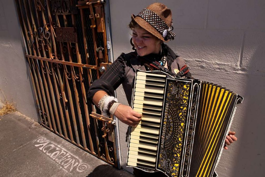 5-best-cities-for-accordion-music